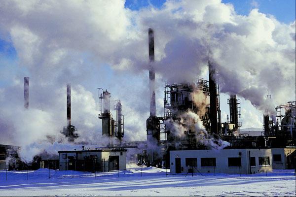 11 millions de tonnes de CO2 de trop au Québec, dit l'IRIS