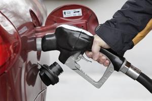 Le prix du litre d'essence atteint 1,53 $ à Montréal