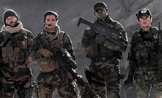 Forces spéciales : manichéen et pesant