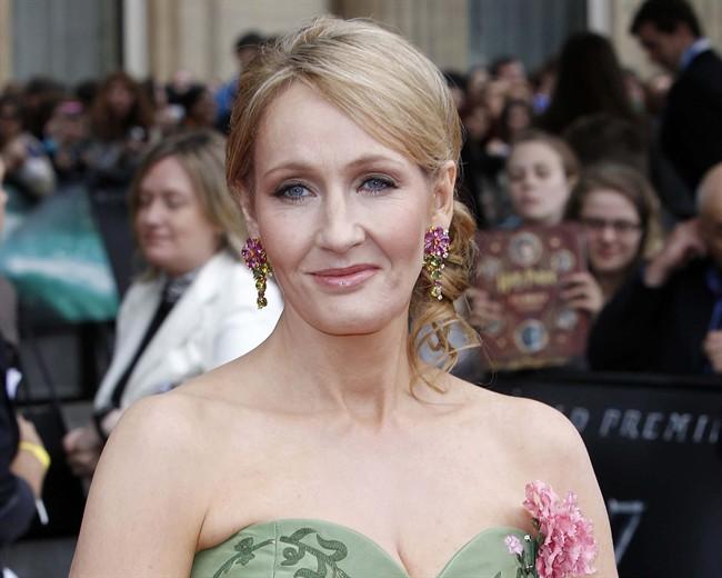 J.K. Rowling poursuit une ancienne employée pour 40 000$