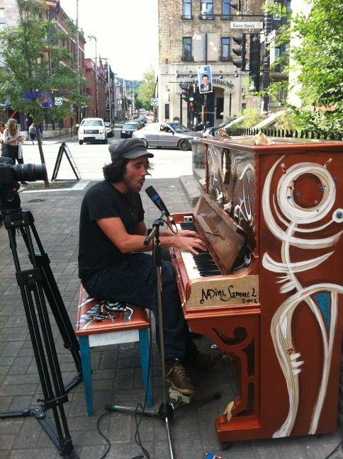 Patrick Watson inaugure Piano des villes, piano des champs