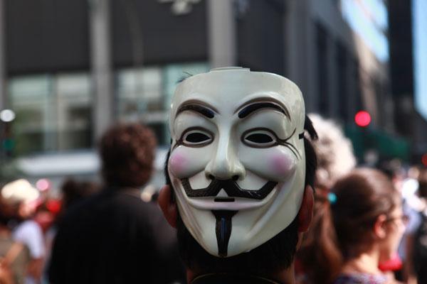 Anonymous et fausses nouvelles: petit guide des pièges à éviter