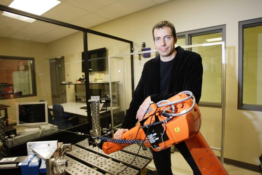 Ilian Bonev, expert de robotique