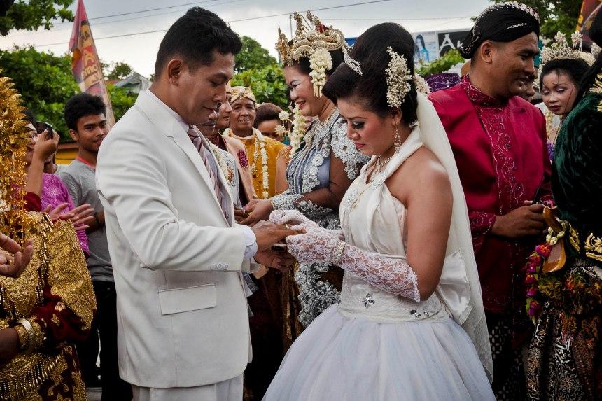 En photos : que faire un 12-12-12? Se marier, évidemment!