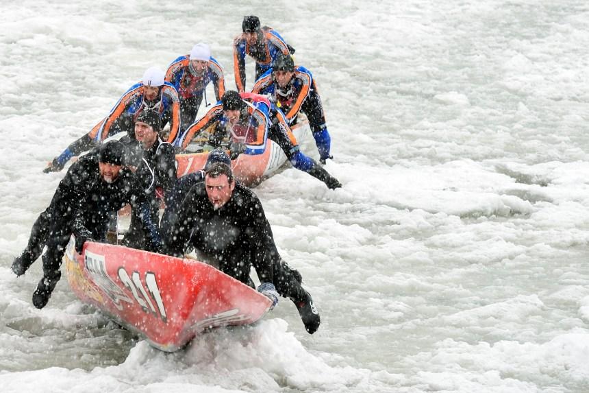 Le canot à glace de retour au Vieux-Port