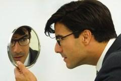Comment cibler les narcissiques