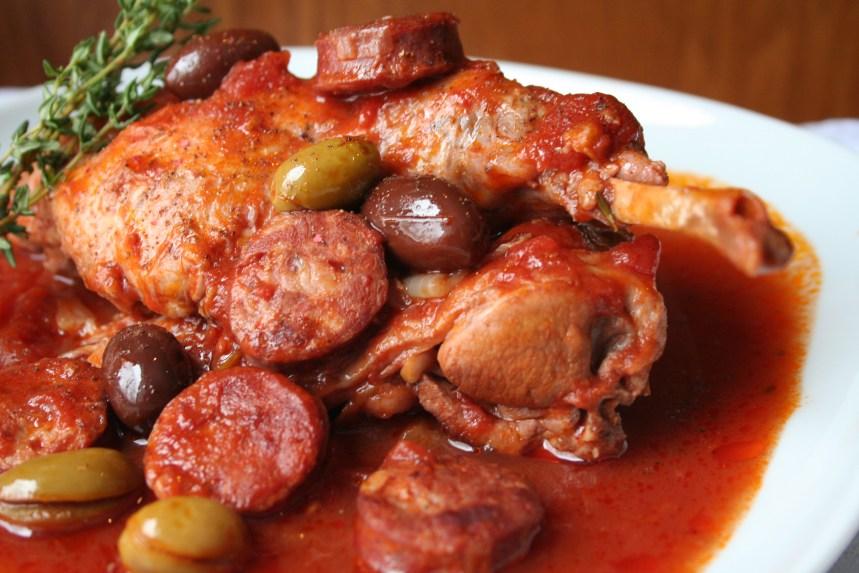 Recette de lapin aux olives et au chorizo