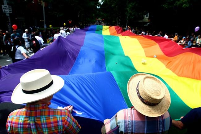 Marche dimanche pour les parents trans à Montréal