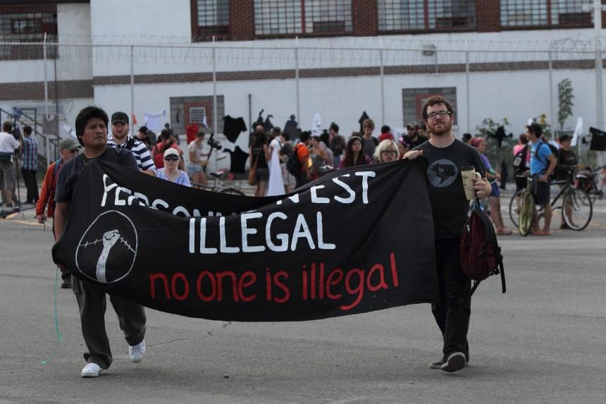 Rassemblement en soutien aux immigrants détenus
