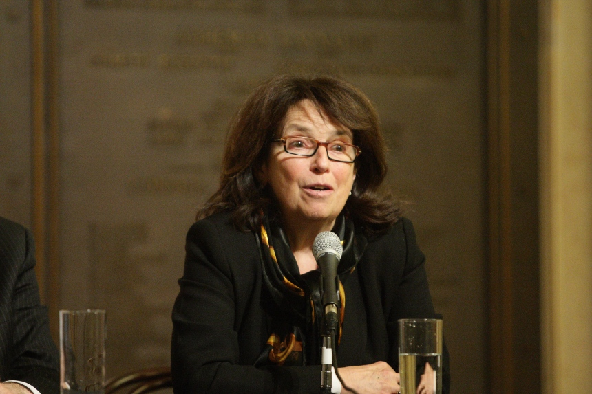 La mairesse d'Outremont perd ses deux conseillères