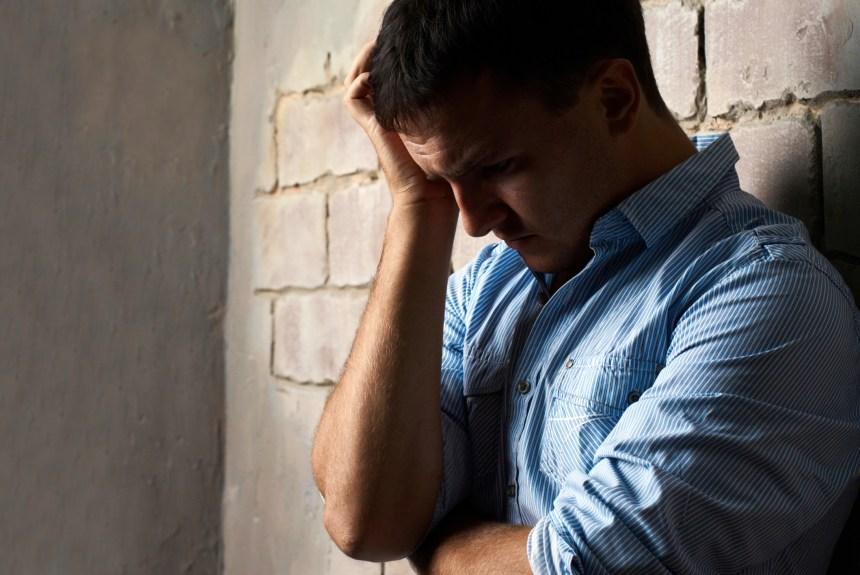Les hommes moins nombreux à aller chercher de l'aide