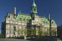 Le système 311 doit «donner l'heure juste», soutient la mairesse Plante