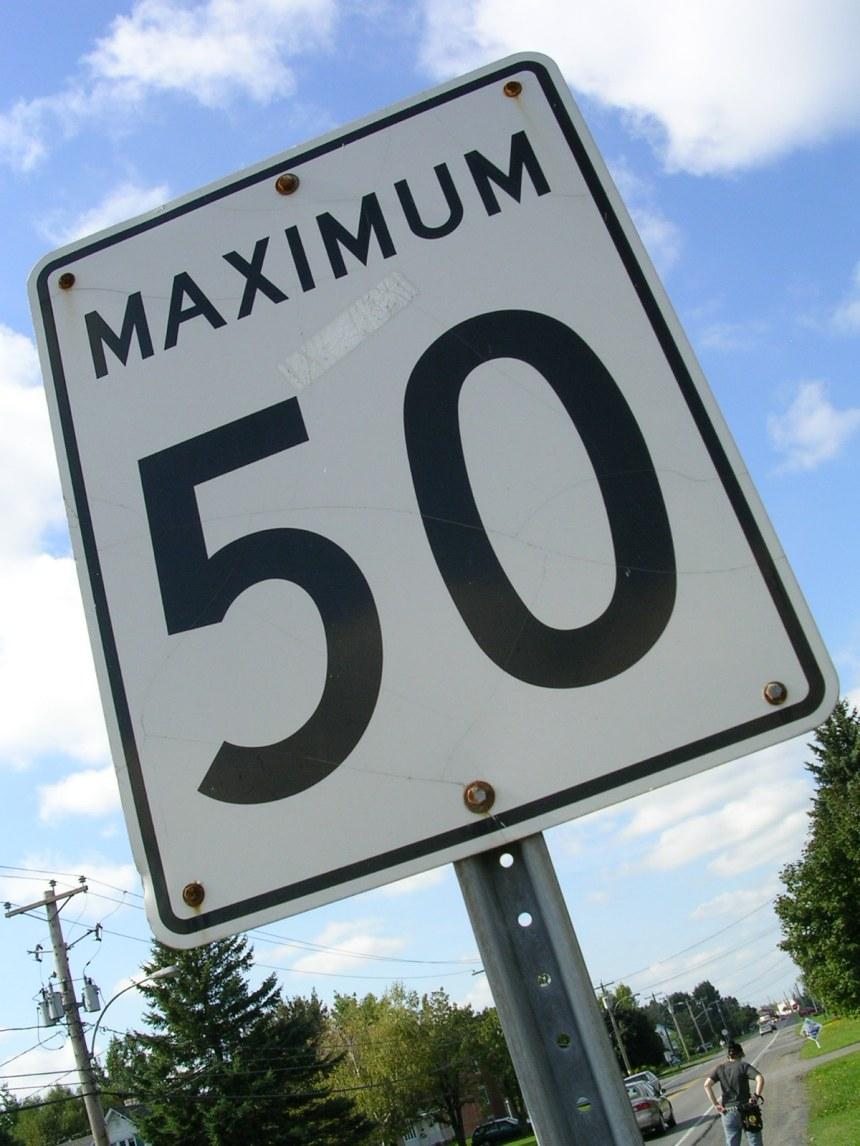 Des panneaux à vitesse variable testés à Montréal et Québec