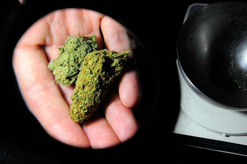 Marijuana: les autorités ferment 22 commerces à Vancouver