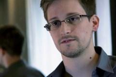 «Ils m'ont donné un avenir», dit Edward Snowden sur ses anges gardiens