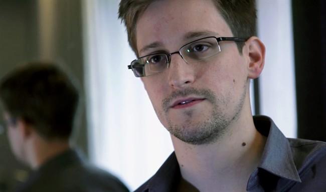 Edward Snowden publie ses «Mémoires Vives» avec l'aide d'un romancier