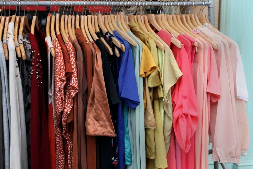 Objectif zéro déchet: la Ville entend s'attaquer au gaspillage vestimentaire
