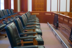Un projet de loi visant à soutenir les jurés meurt au feuilleton
