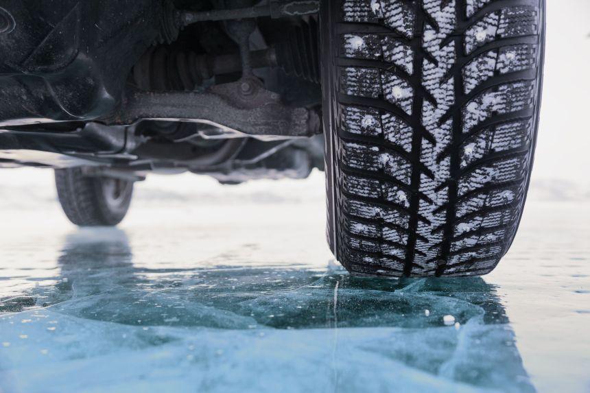 CAA-Québec recommande aux automobilistes de poser leurs pneus d'hiver «dès maintenant»