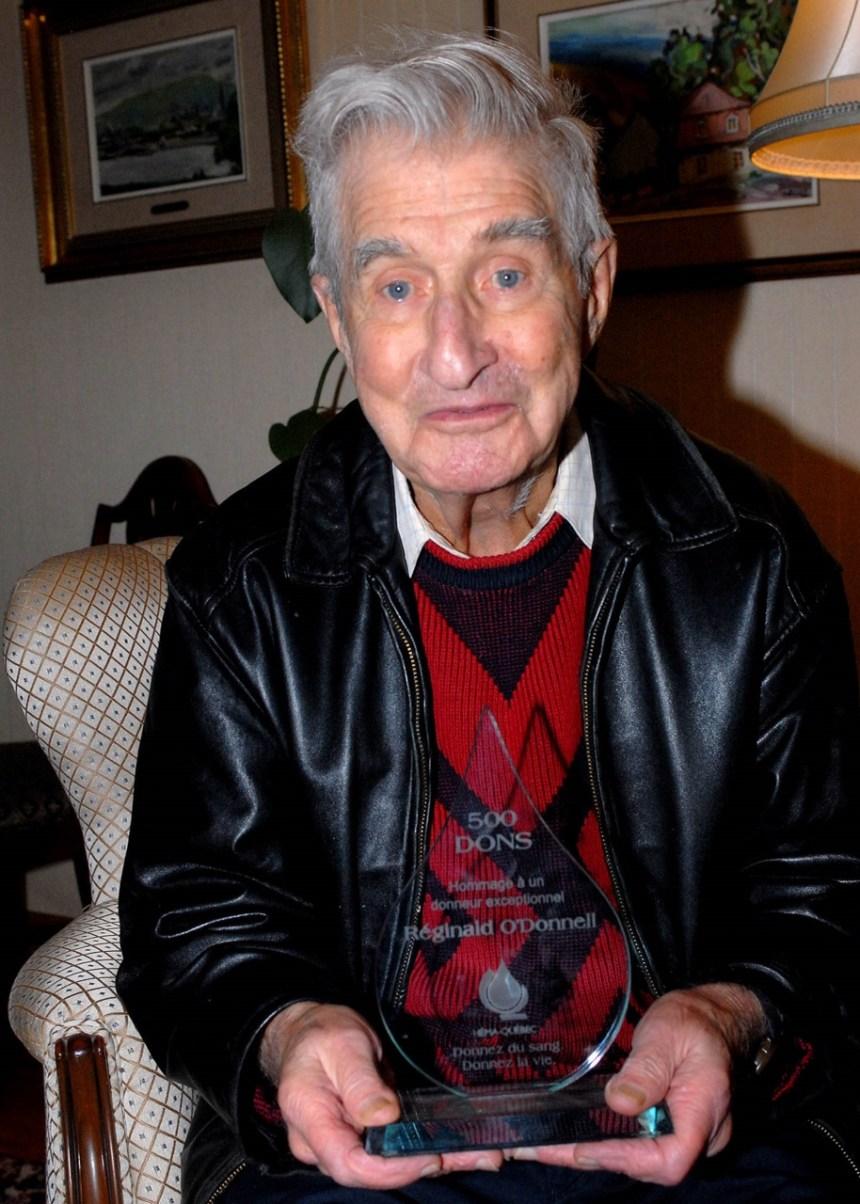 Un Québécois de 86 ans a donné son sang plus de 500 fois