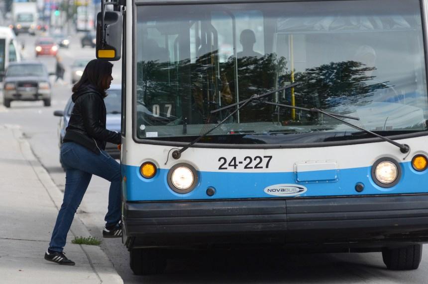 Ottawa: la chauffeuse de l'autobus est accusée