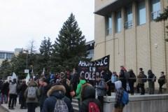 Le collège Ahuntsic fermé par des enseignants en colère