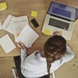 Maux tête exercice mobilité travailler bureau