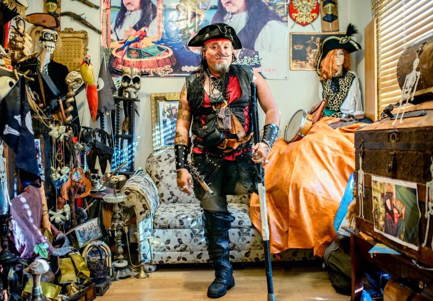 Hobes Hernandez, le pirate de Montréal
