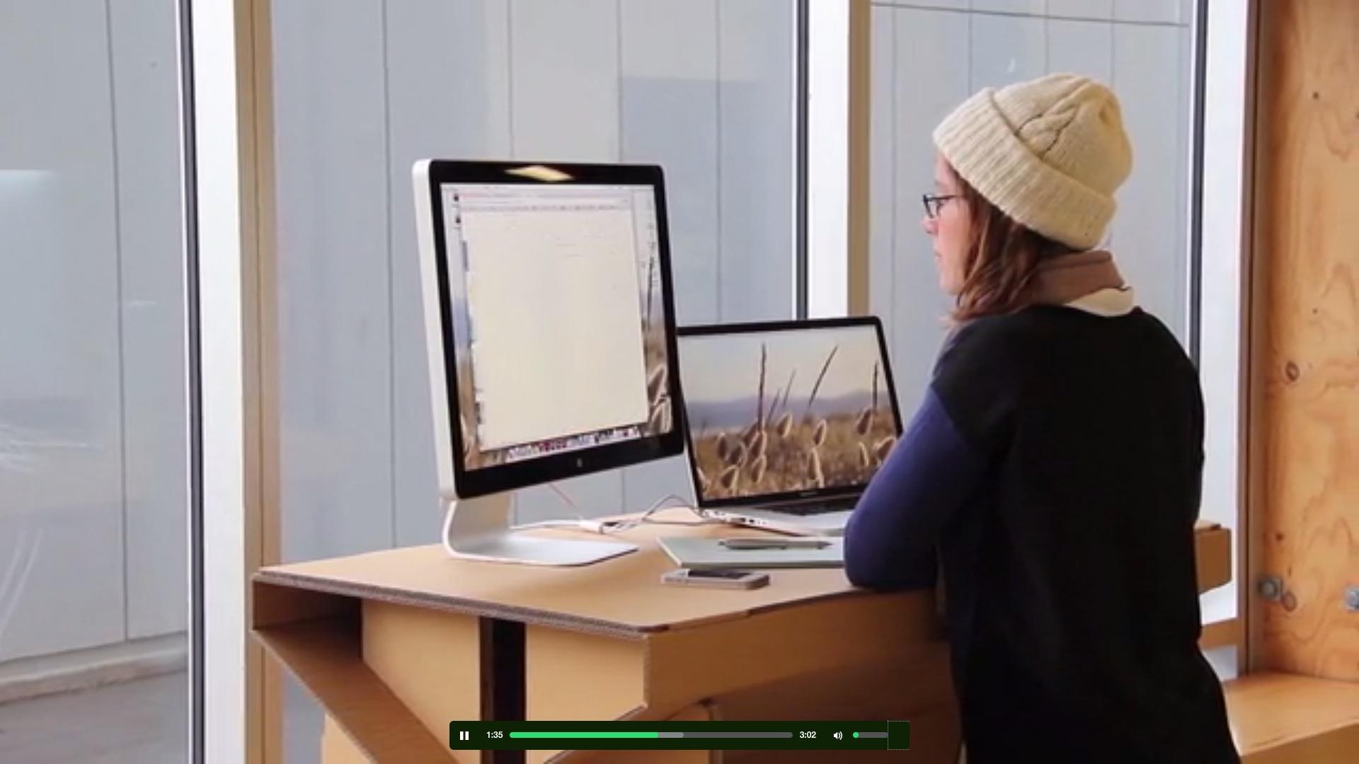 Marquée par la tendance des bureaux pour travailler debout