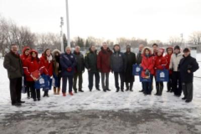 Les représentants de quatre équipes de soccer féminines ont visité le terrain du parc Saint-Laurent en prévision des entraînements de la Coupe de monde de soccer 2015.