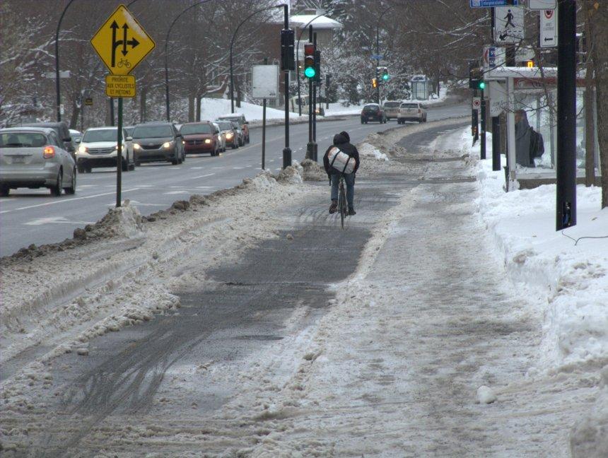 La piste cyclable de Côte-Sainte-Catherine sous la neige