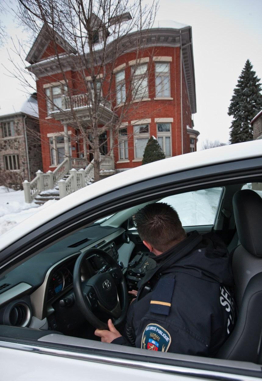 Surveillance à domicile gratuite dans des quartiers cossus de Montréal