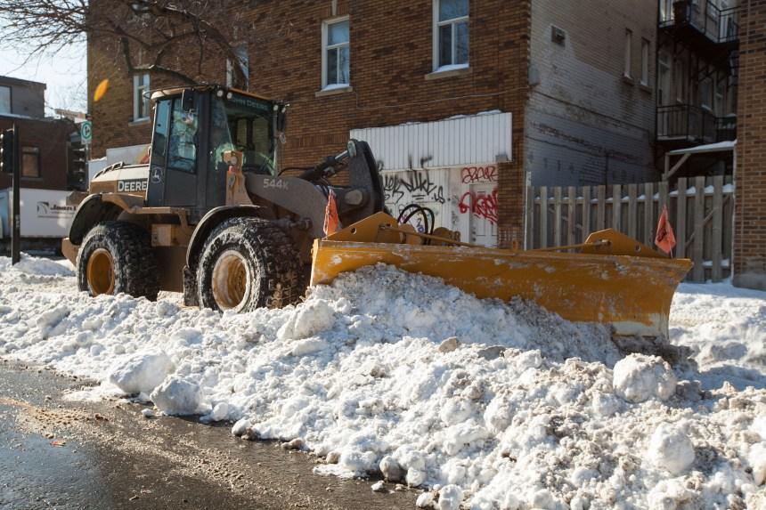 Verglas et neige, le maire satisfait du déneigement