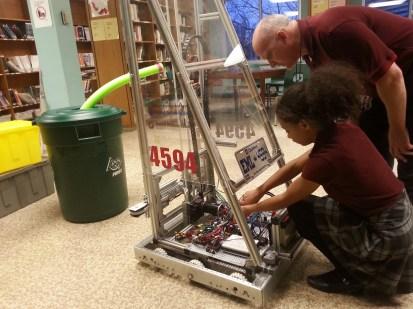 Robotique FIRST école Marguerite Lajemmerais