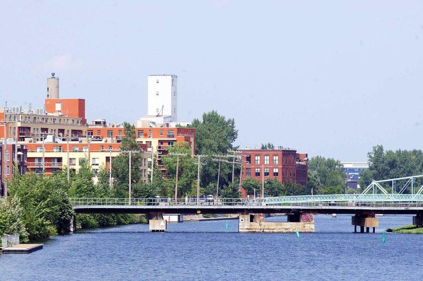 Un canal de Lachine illuminé pour les 375 ans de Montréal