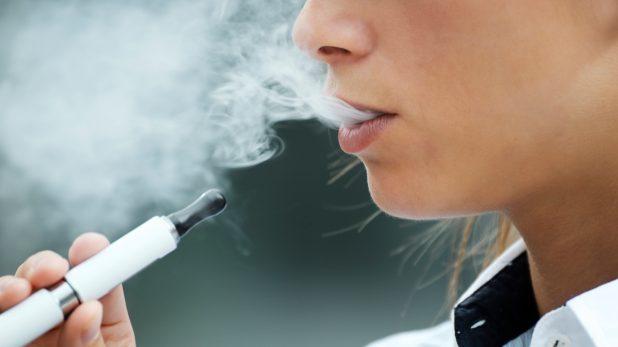 Vapotage: les poumons comme brulés par des gaz toxiques