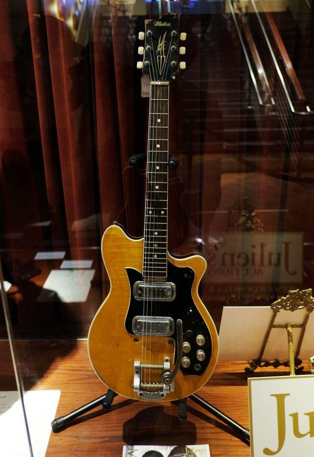 Une guitare de George Harrison estimée à plus de 400 000$