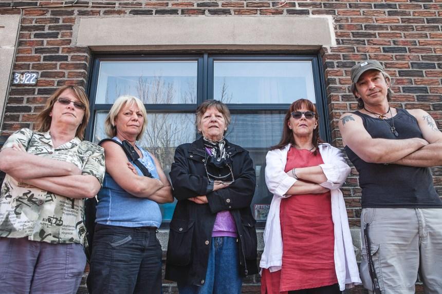 Des membres se dressent contre l'administration de la cuisine collective