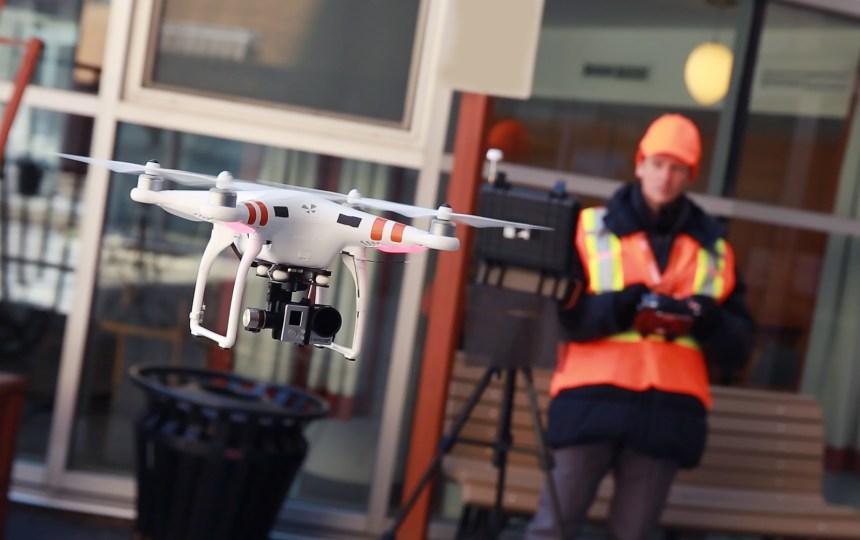 Des drones pour inspecter les édifices de Montréal
