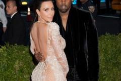 Kanye West offre la tour Eiffel à Kim Kardashian