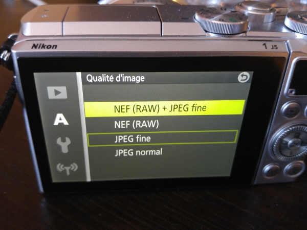 Raw Nikon