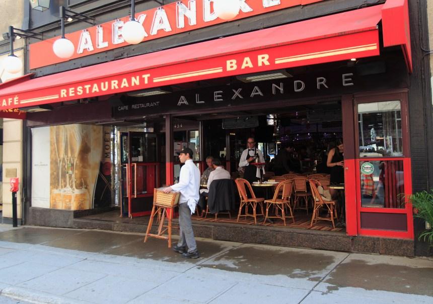 La terrasse du restaurant Chez Alexandre fermée