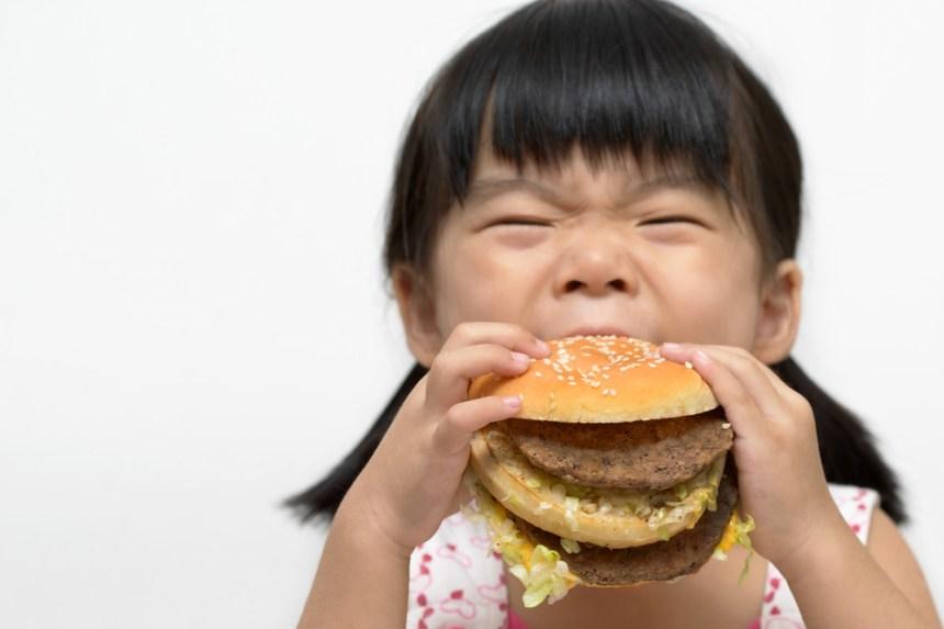 Les enfants mangent sous le coup de l'émotion s'ils sont stressés