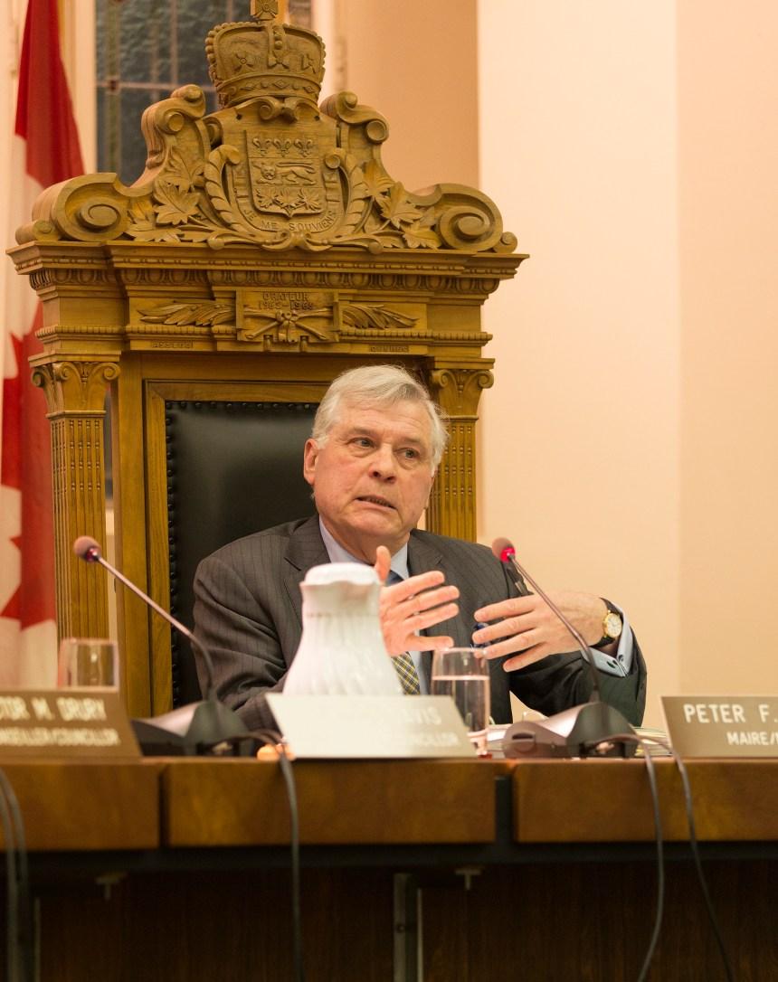 Westmount veut une résolution à l'amiable dans le dossier du bruit au CUSM