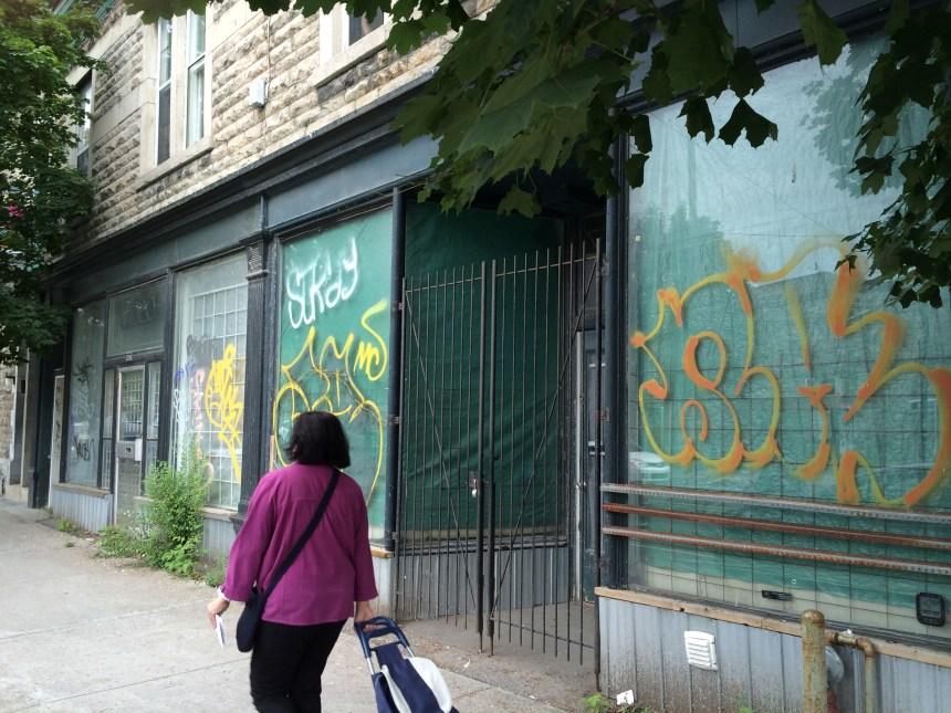 Rue Wellington: fini les résidences au rez-de-chaussée