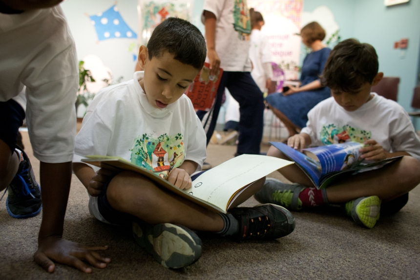 Encourager les jeunes à lire cet été