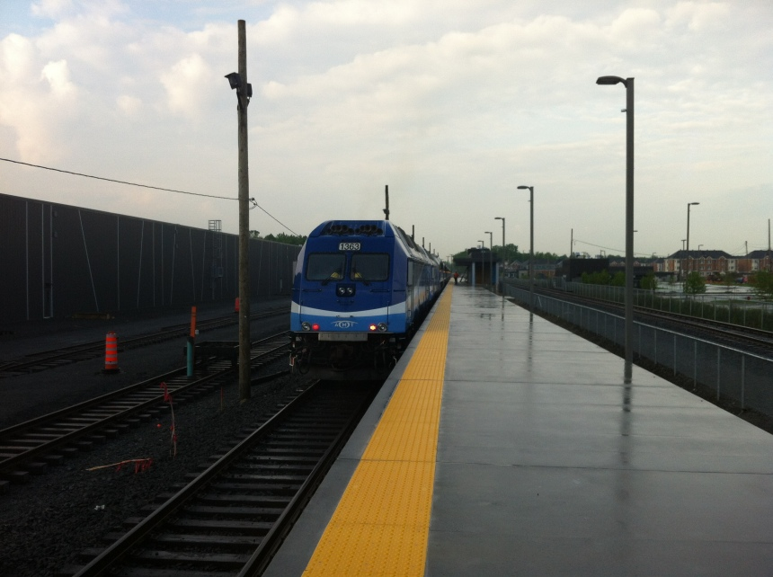 Le train de l'Est arrive à Pointe-aux-Trembles le 6 juillet