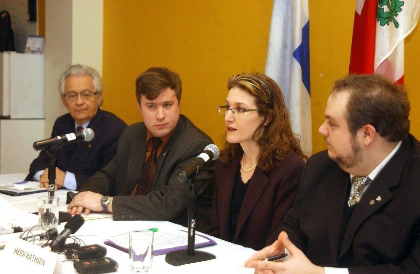 Registre des armes d'épaule: le combat québécois continue