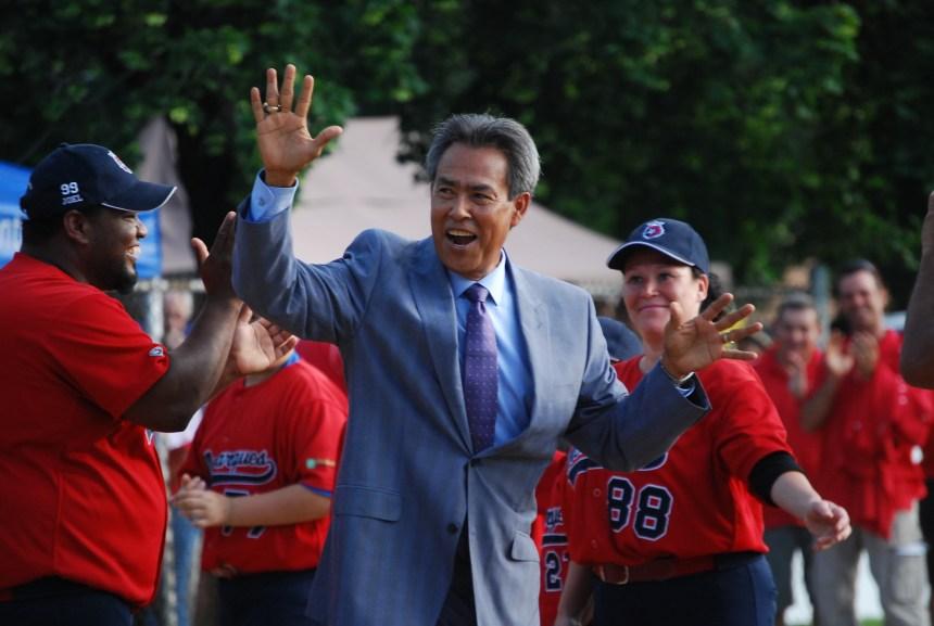 Dennis «El Presidente» Martinez de passage à Montréal-Nord