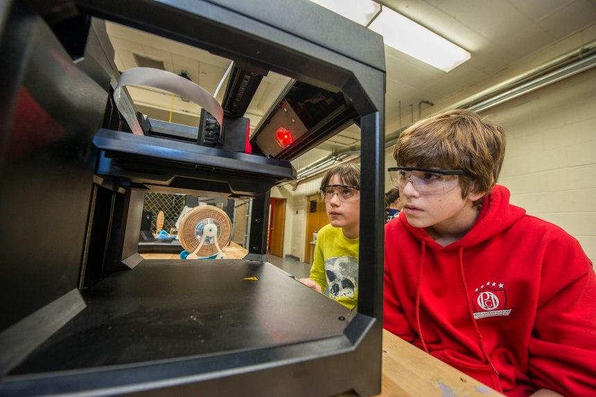 Le Fab Lab CSMB: une innovation dédiée aux élèves